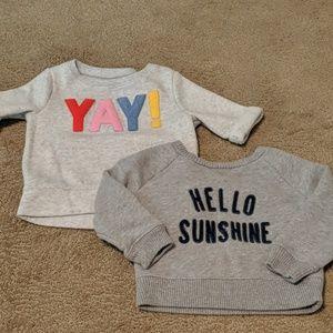 Bundle of 2 sweatshirts